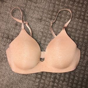 Victoria's Secret no wire bra 32b
